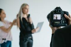 后台配合录影摄制照相机概念 免版税库存图片