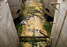 后工业化的废墟酒精工厂 免版税库存图片
