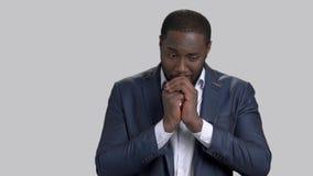 后悔关于某事的美国黑人的商人 股票录像