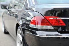 后方尾标光特写镜头在汽车的 图库摄影