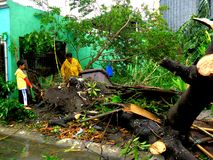 后果台风格伦达(Rammasun -国际名字)在菲律宾 免版税库存图片