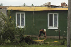 后果龙卷风白俄罗斯 库存图片