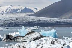 后退在Jokulsarlon的冰川 免版税库存图片