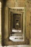 后退angkor的门道入口 免版税库存照片