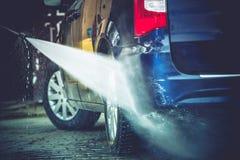 后院汽车洗涤物 库存照片