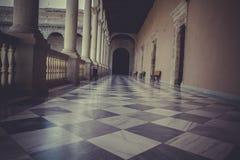 后院,室内宫殿,城堡de托莱多,西班牙 免版税图库摄影