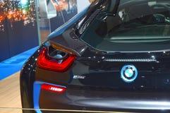 后面轻的首放莫斯科国际汽车沙龙BMW i8行李舱 库存照片