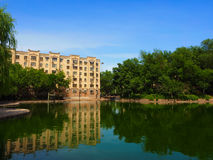 吐鲁番市公园,一个非常干燥地方有湖,维吾尔Zizhiqu,新疆,中国 库存照片