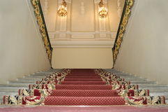 向上地毯的红色 免版税库存照片