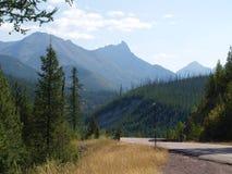 向东部冰川国家公园的路 图库摄影