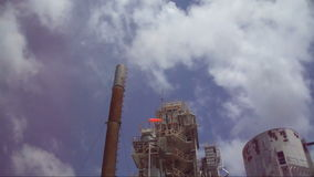 滚滚向前在工厂的小河 股票录像