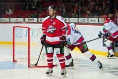 向前谢尔盖Varlamov Donbass (顿涅茨克),防御者雅各布Rilov和向前维克托在ga开始前的科兹洛夫CSKA (莫斯科) 库存图片