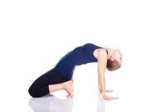 向后弯曲的姿势瑜伽 免版税图库摄影