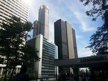 向天空从外部大门的看法在联合驻地在芝加哥伊利诺伊 免版税库存图片