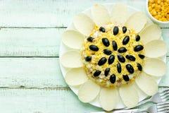 向日葵沙拉,欢乐开胃菜塑造了向日葵花 库存照片