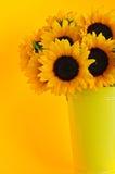 向日葵花瓶 库存照片