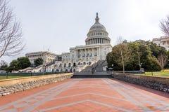 向步的道路美国国会 免版税库存图片