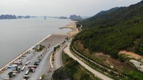 向海海湾的路 库存照片