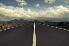 向火山的路 免版税图库摄影