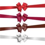 向量五颜六色的弓 免版税库存图片