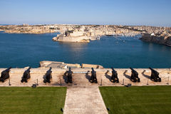向致敬的电池,瓦莱塔,马耳他 免版税库存照片