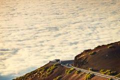 向El泰德峰火山的路在日落在特内里费岛 免版税图库摄影