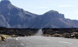 向el teide vulcano的路 库存照片