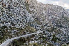 向Sa Calobra的弯曲道路 免版税库存图片