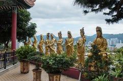 向Shatin 10000 Buddhas寺庙,香港的道路 免版税库存照片