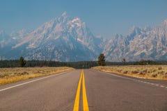 向Teton的路 免版税库存图片