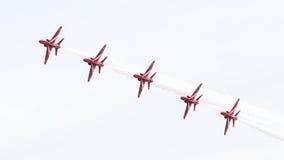吕伐登,荷兰- 2016年6月10日:皇家空军红色箭头穿孔机 免版税图库摄影