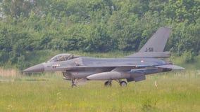 吕伐登,荷兰- 5月26 :在compa期间的F-16战斗机 免版税库存图片