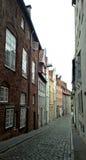 吕贝克典型的街道  免版税库存照片