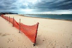 含沙海滩的秋天 图库摄影