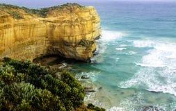 含沙海滩极大的海洋的路 免版税库存照片