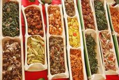 含蔬菜的盘的各种各样的类型 免版税库存照片