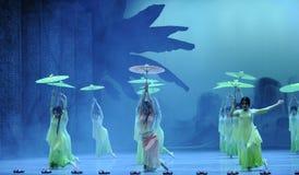 听雨其次得到舞蹈过去的戏曲沙湾事件启发这行动  库存照片