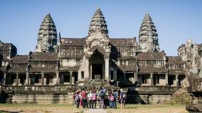 吴哥窟寺庙正面图在柬埔寨 吴哥窟是一个著名旅游attra 免版税库存图片