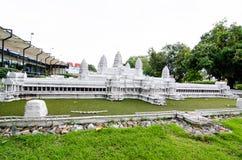 吴哥窟是寺庙复合体在柬埔寨在微型公园是显示微型大厦和模型的一个露天场所 免版税库存照片