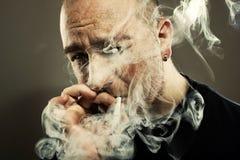 吸烟者人画象 库存照片