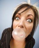 吹的泡影妇女 免版税库存照片