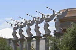 吹caesars宫殿喇叭的天使 免版税图库摄影