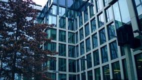 360周围的现代玻璃门面商业中心度全景射击  4K录影 股票录像