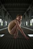 年轻和优美的芭蕾舞女演员画象  免版税库存照片