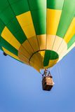 和在一个热空气气球 图库摄影