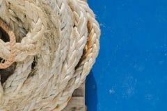 绳索和尖端杆细节  免版税库存图片