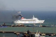 和平小船离去的开普敦S非洲 免版税图库摄影