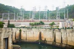 和平市,越南- 2016年1月14日:和平市水电厂看法  工厂被修造了从1979年到1994年与8个机器p 免版税库存照片