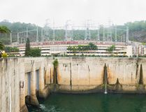 和平市,越南- 2016年1月14日:和平市水电厂看法  工厂被修造了从1979年到1994年与8个机器p 图库摄影