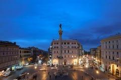 和平的专栏,在大教堂二圣玛丽亚Maggiore,罗马,意大利前面 免版税库存图片